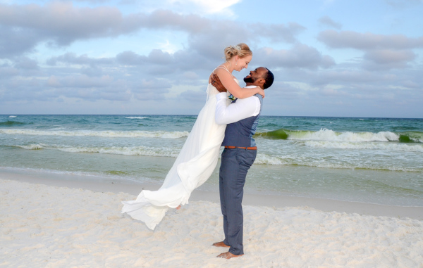 beach wedding, destin florida, intimate, barefoot